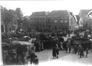 Groote Markt 1945 Tanks