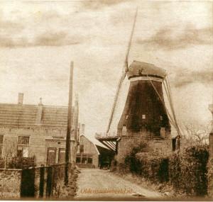 De molen van Reerink omstreeks 1926 aan de toenmalige Molensteeg huidige Haverstraat