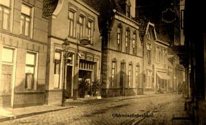 Deurningestraat oude lantaarn