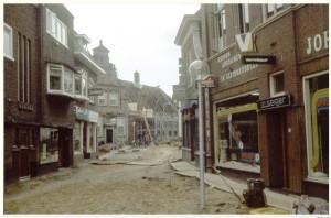 Marktstraat opgebroken 1980