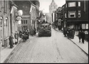 Oldenzaal - Bevrijding 1945. Bisschopstraat