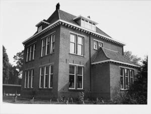 schoolgebouw, Voormalige Rijksnormaalschool voor Onderwijzers, thans Lom-school 23cd9f0d-ac23-89d0-9132-c40adba47454kopie